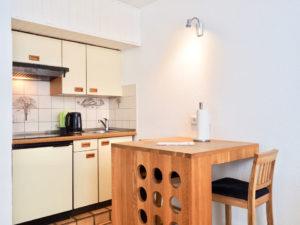 Apartment 5 Küchenzeile